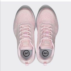 Dusty Rose/pink  APL Techloom Pro sneakers